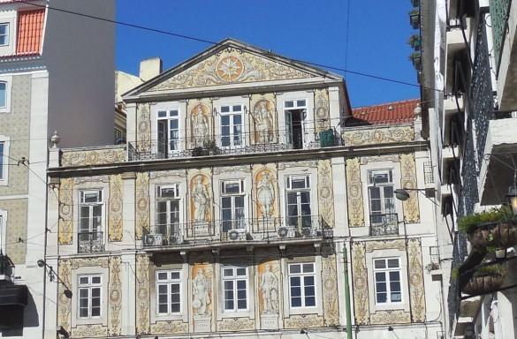 Lisbon-FriezeBldg